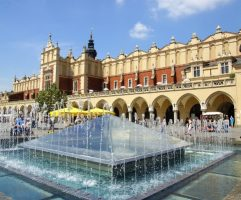 the-old-cloth-hall-in-krakow-main-square-forms-a-unesco-world-heritage-listing-in-poland