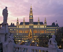 Wien, Ringstrasse, Rathaus, Adventmarkt, Adventzauber