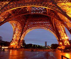 Paris_la_tour_Eiffel_1